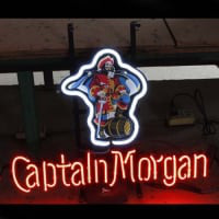 Captain Morgan Öl Bar Öppet Neonskylt